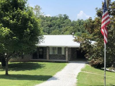 12.93 acre white pine horse farm, home, barn, covered arena. just off interstate 81, exit 4, lush pastures, cozy hardwood forest, stream.