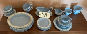 27 Pieces Etrusia Wedgwood Queens Ware Barlaston Blue White (Ink marked, Stamped) (23 pcs - EXCELLENT, no damage  / serving pieces good!  4 extra pcs w/ chips)