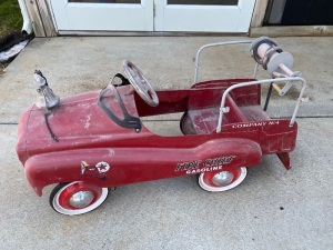 Fire Chief Pedal Car by Gearbox
