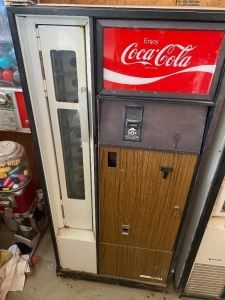 Coke Machine -- Believed to be Vendo, 1970s