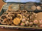 Vintage Pins/Costume Jewelry